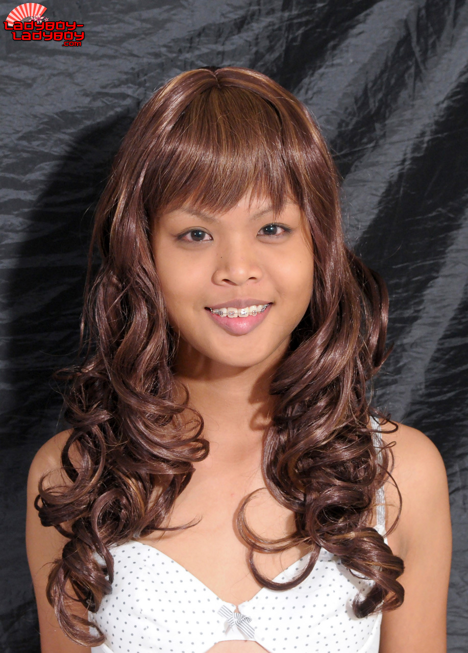 A Innocent 18 Year Old Tranny From Bangkok. Works At Cascades.