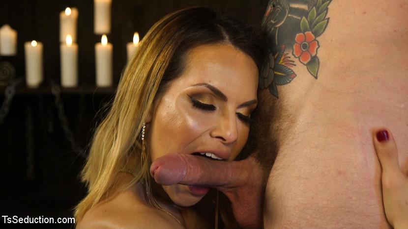 A Voluptuous TS Feast: Goddess TS Foxxys Pleasure Slave