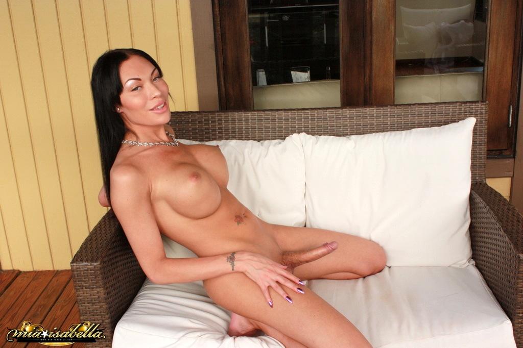 Arousing Mia Posing Her Big Boobies Ladystick