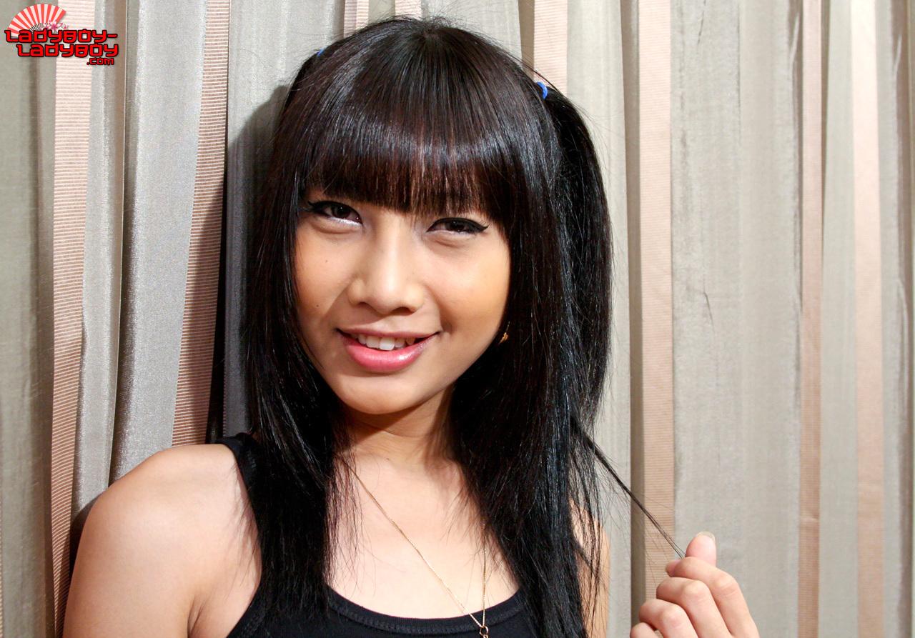 Bangkok TGirl Cad Works In Cascade Bar. She!S Got Natural