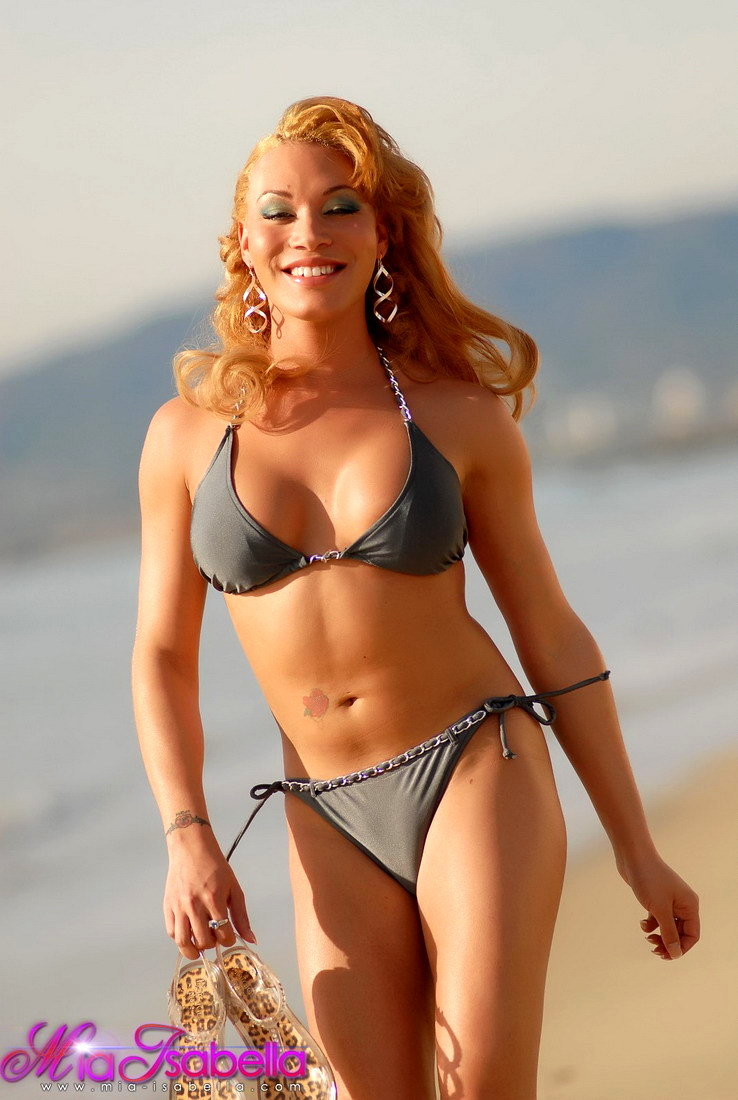 Beautiful Mia Isabella Posing At The Beach