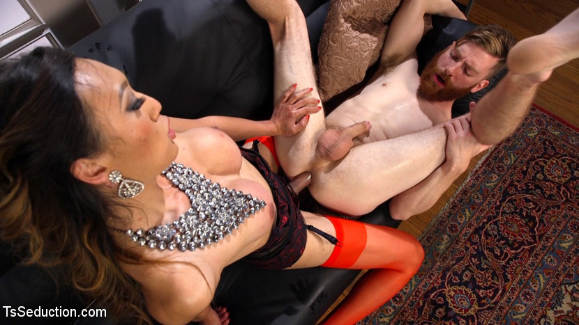 Delivery Guy Worships Feet And Gets Banged