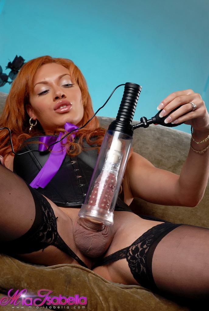 Fantastic Mia Isabella Pumping Her Massive Cock Even Bigger