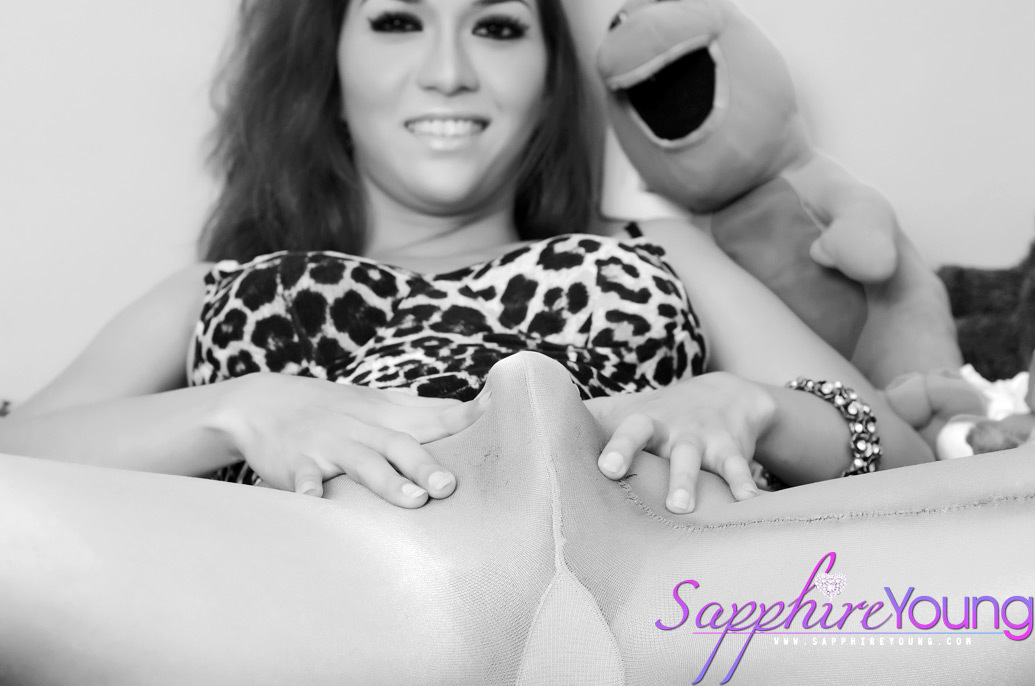 Flirtatious TS Sapphire Young In Pantyhose Showing Off Her Long Coc
