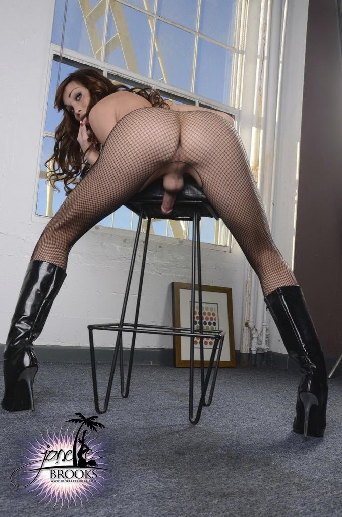 Hot TS Jonelle Teasing In Black Fishnet