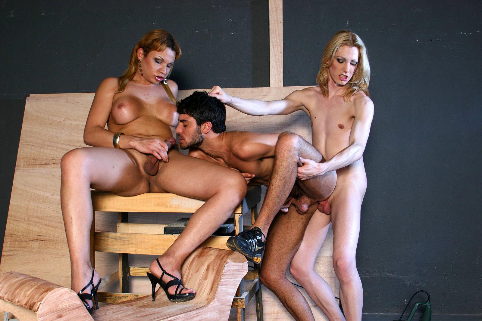 Flirtatious Ladyboys Agatha Mc Cartney And Natalie Prado Double Team
