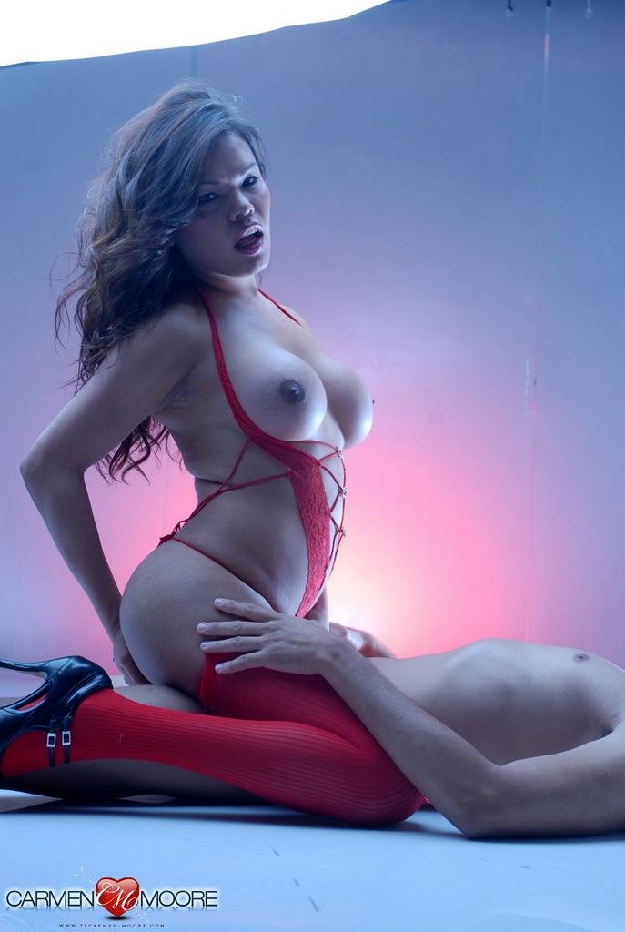 Hungry TS Carmen Moore Having Sex On The Floor