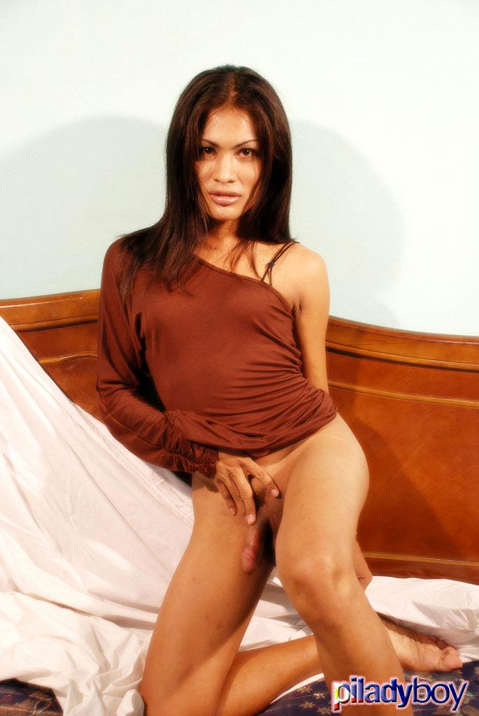 Jane Stroke's Her Massive Cock!