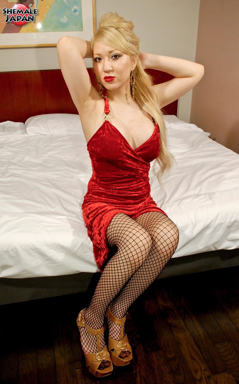 Japanese Newhalf Mana Is So Sensual In Red, With Her Tight
