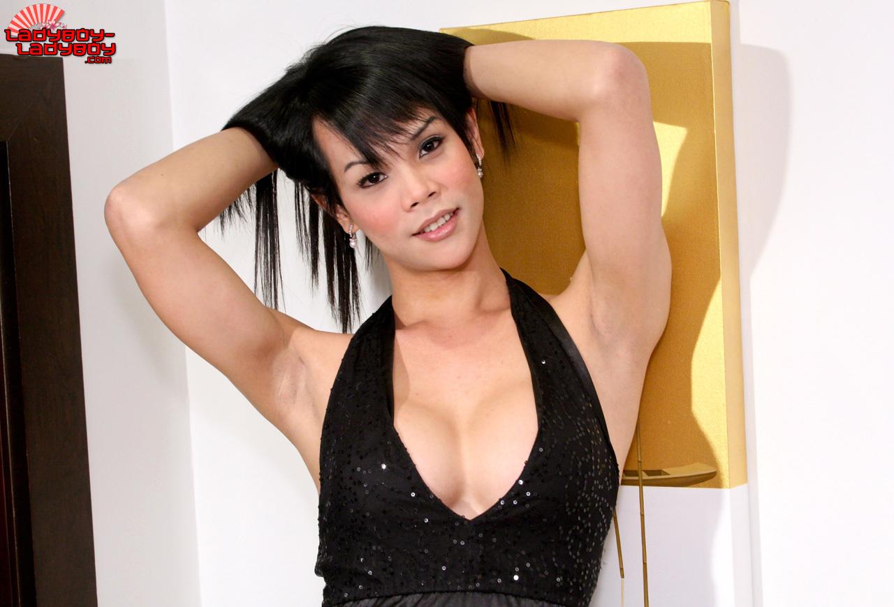 Natty Is A Slutty Ts From Bangkok Who Shoots Harder The