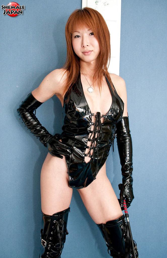 New Half AV Superstar With A Sensual Body!
