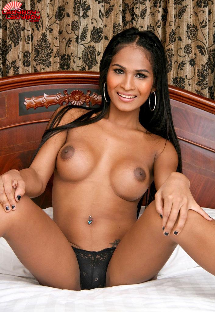 Nice T-Girl Babe