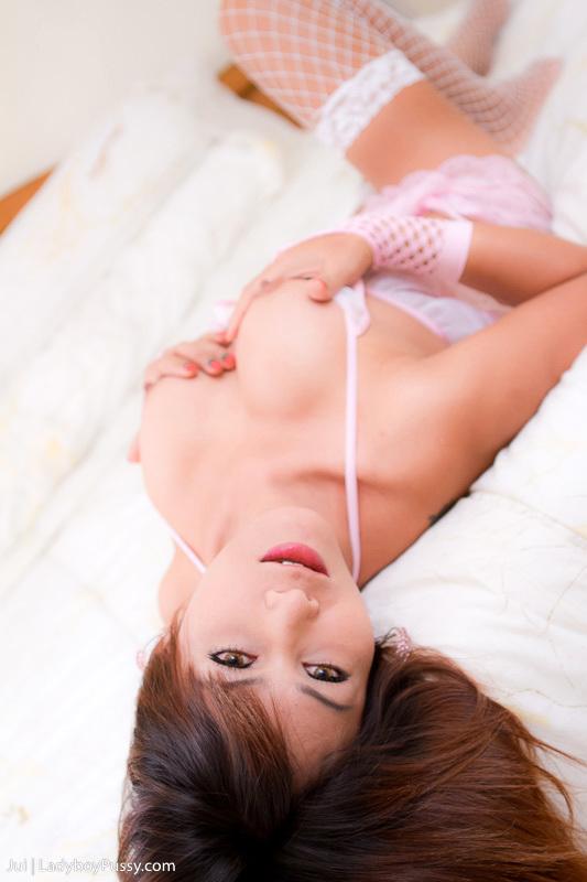 Post Op Jui Lactates And Spreads Her Slick Thai Slit