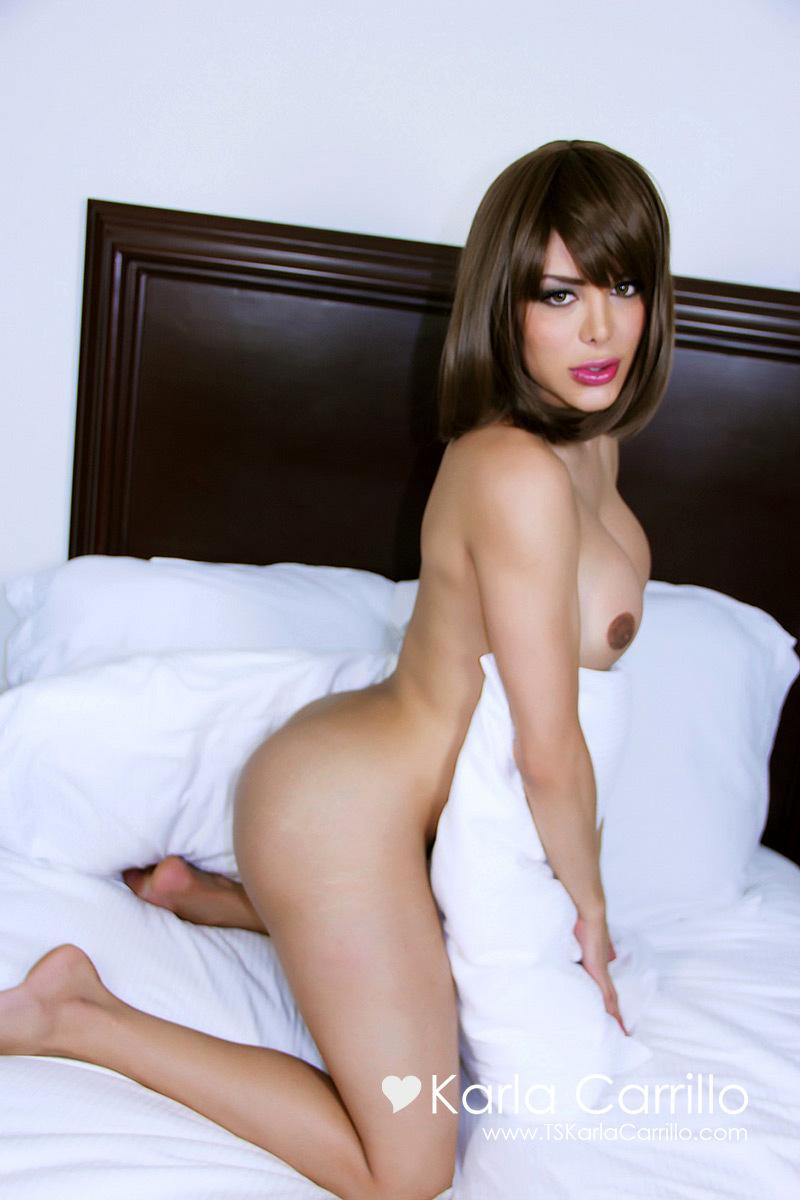 Sensual Ladyboy Karla Carrillo In Sensual Pillow Talk
