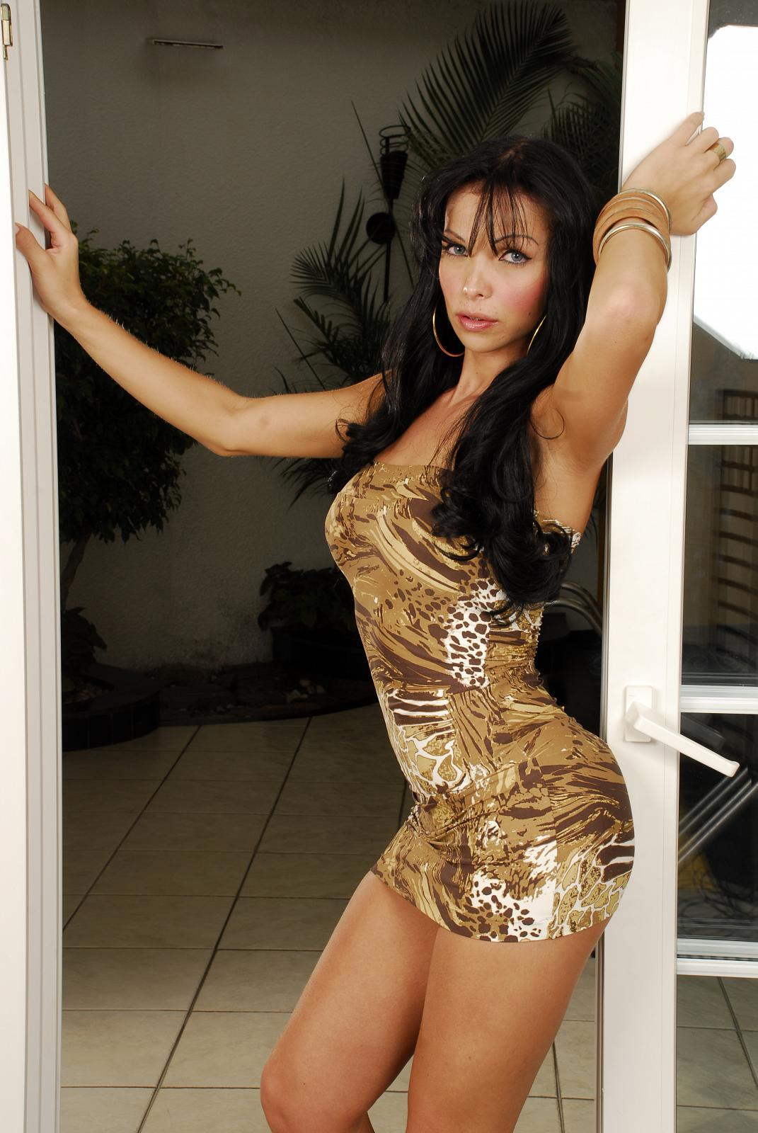 Steamy Latina TGirl Carla Novaes Sucks Dick And Has Rough