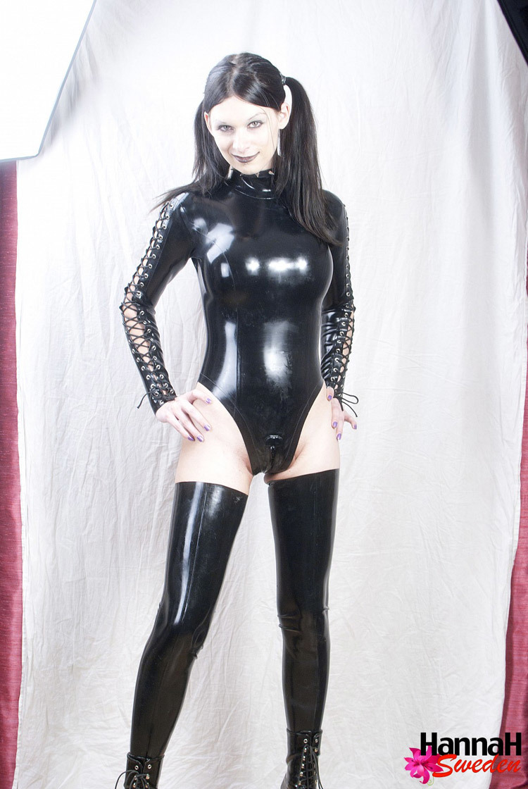 Submissive Femboy In Kissable Black Latex Suit