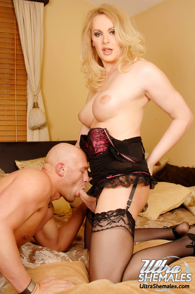 Tgirl MILF Gets A Massive Rough Butt In Her Mouth And Ass-Hole