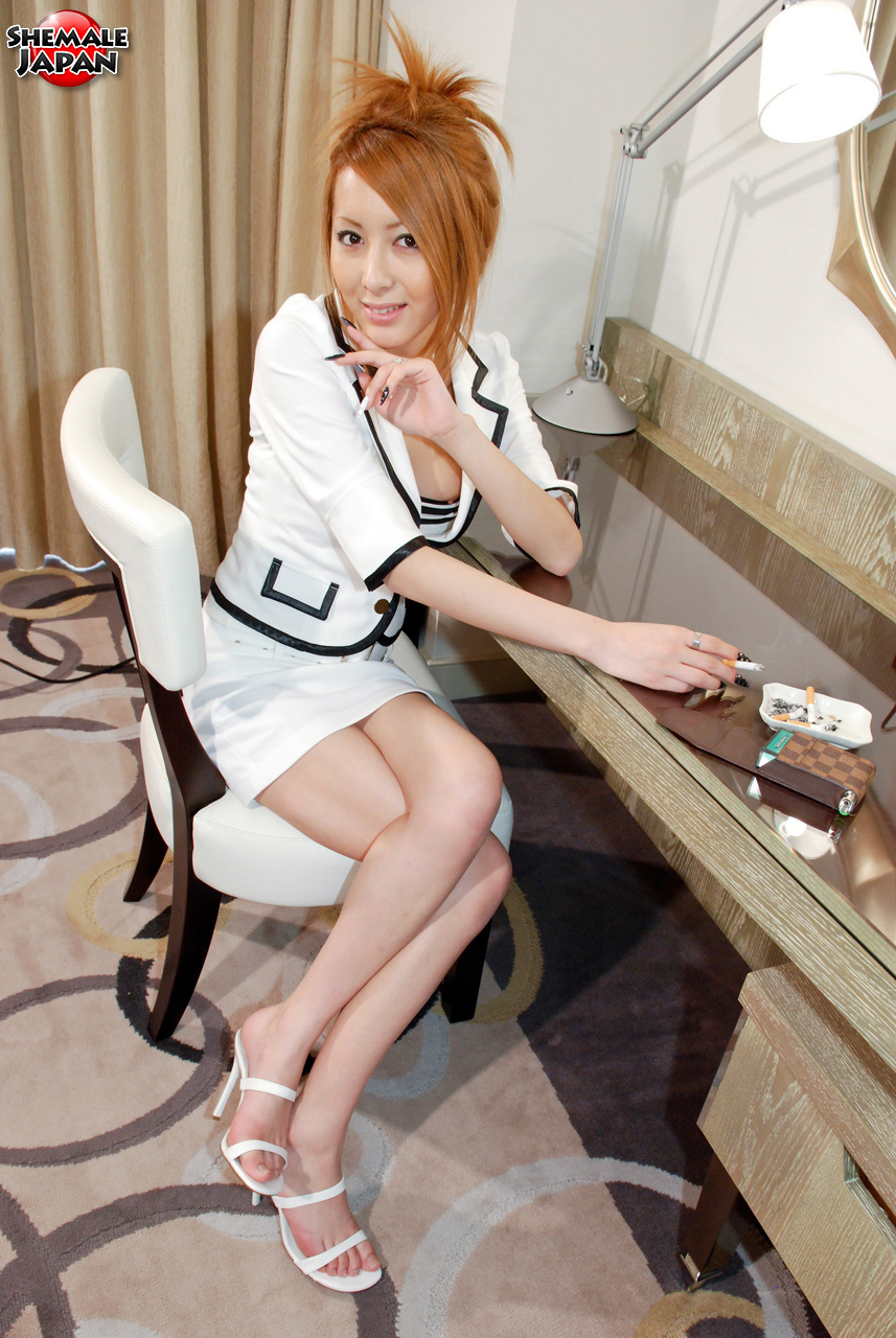 Thai Ladyboy : Hime Tsukino Looks Like The Horny Secretary
