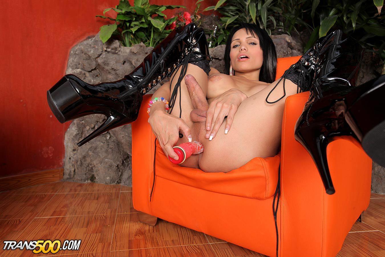 The Seductive Latina TGirl Sofia Obregon Toys Her Juicy Lusciou