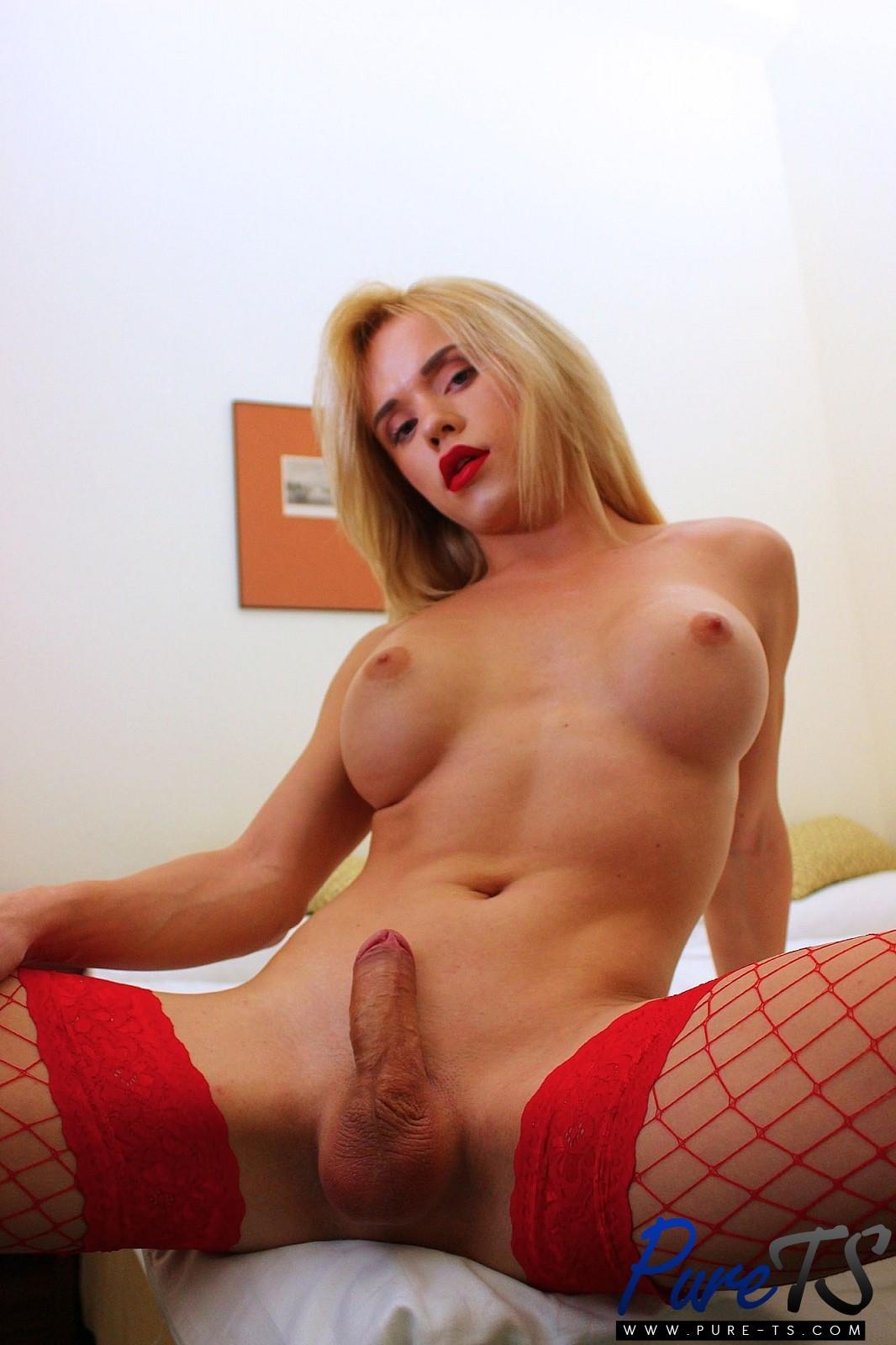 Tiny Blonde Beauty Sasha Shatalova And Christian Have Inst