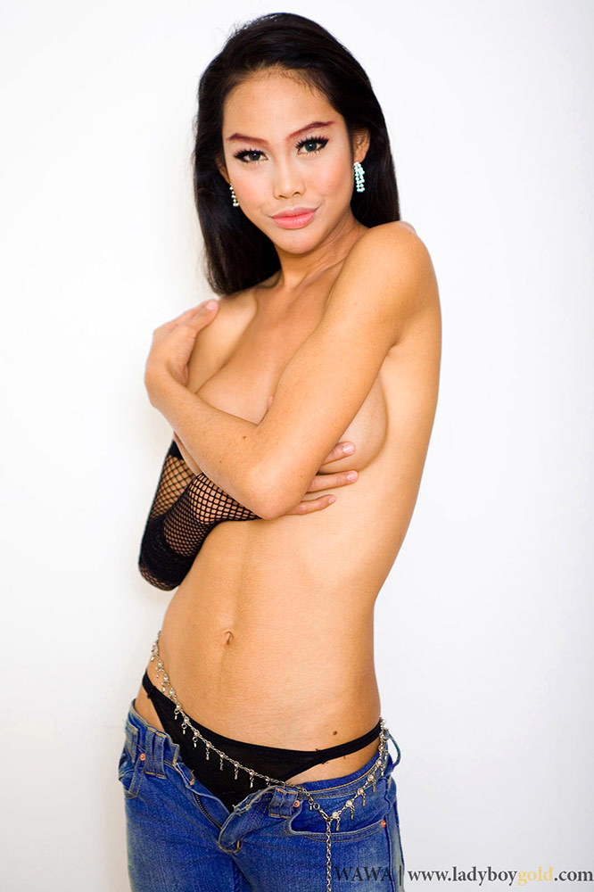 Wild Transexual Wawa Totally Topless In Tight Low Rider Jeans