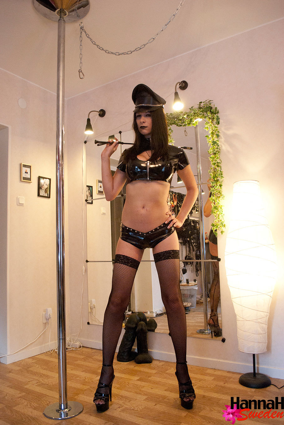 Yummy European Transexual Dressing Like A Master